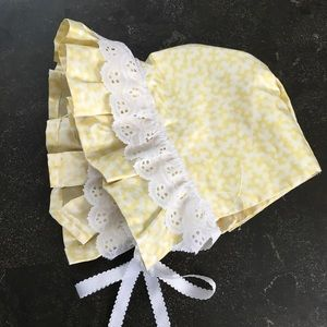 Vintage yellow white baby bonnet ruffled sun hat